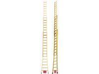 Escada de madeira três lances